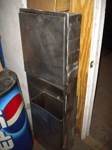 Stainless Steel Wall Build in Napkin Dispenser Trash Can Send Offer