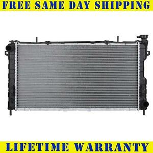 Radiator For 2001 2004 Dodge Caravan Voyager Chrysler Town Country 3 3l 3 8l
