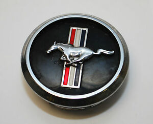 2005 2007 2008 2009 Ford Mustang Running Pony Center Cap Single Used