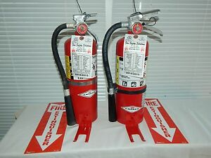 Fire Extinguisher 5lb Abc Dry Chemical Lot Of 2 nice