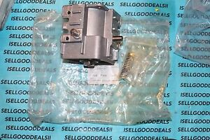 Bosch rexroth 3842528237 Pneumatic Actuator Cylinder 3 842 528 302 New