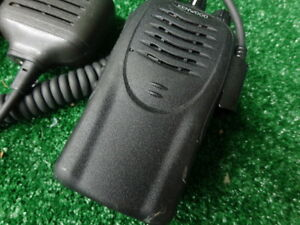 Kenwood Tk 2160 5w Vhf 136 174 Mhz 16 Ch Complete With Spk Mic ant batt clip A39