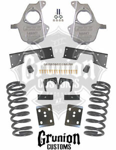 Gmc Sierra Crew Cab 4 6 Lowering Kit 2001 06 Spindles Coils Flip Mcgaughys