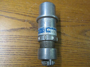 Hubbell Killark Wpw 304d2345 Pin And Sleeve Connector 4w 4p 600v 30a 3ph