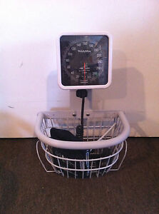 Welch Allyn 767 Blood Pressure Unit W Basket