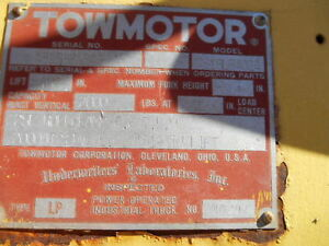 Used Towmotor Fork Lift