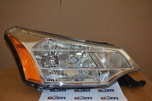 2009 2011 Ford Focus Rh Passenger Side Head Lamp Light New Oem 8s4z 13008 E