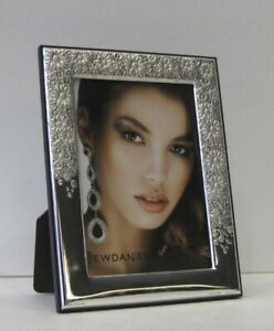 Fine Italian Silver Laminate Elegant Floral Glossy Picture Frame 20126