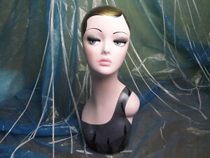 Hand painted Vintage Old fashioned Head Mannequin For Wig Jewelry Earing Display