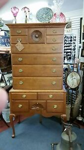 Estate Connecticut Queen Anne Highboy Cherry Unusual Full Circle Shell C 1760