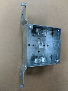 25pc 4 Square Welded Electrical Box 1 1 2 Deep W Mc bx Cable Clamps raco 219