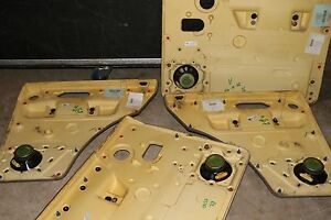 Land Rover Discovery Series Ii 2000 Front And Back Door Interior Trims Radio
