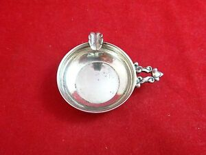 Sterling Silver Ashtray With Acorn Handle 2483