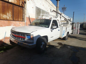 1996 Chevy Utility Truck W Crane And Air Compressor low Miles 76 159 reduced