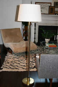 Mid Century Modern Hollywood Regency Lucite Brass Floor Lamp Parzinger Springer