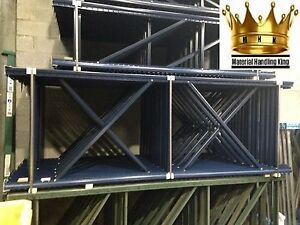 Warehouse Pallet Racking Teardrop Style Uprights frames 120 X 42