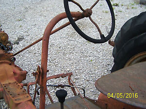 International Farmall Cub Tractor Steering Worm Shaft Steering Wheel Goes On