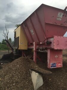 2005 Amerimulch Mulch Color Machine With 25 Stacking Conveyor