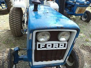 Ford Newholland 1700 With Finish Mower