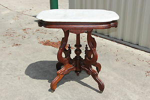 Fancy Walnut Victorian Renaissance Revival Turtle Marble Top Parlor Table Ca1870