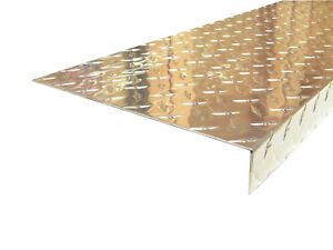 Aluminum Diamond Plate Angle 062 X 1 5 X 10 88 X 48 In staircase Cover 2pcs