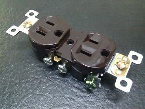 50 Pc new Standard Duplex Receptacles 15 Amp Brown 15a Self Grounding