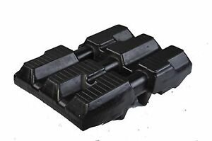 One 18 Bobcat T250 t300 t320 t750 t770 C Lug Rubber Track track Size 450x86x55