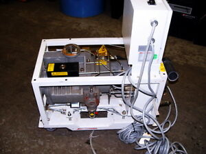 Boc Edwards Qdp 40 Dry Semiconductor Vacuum Pump Qdp40