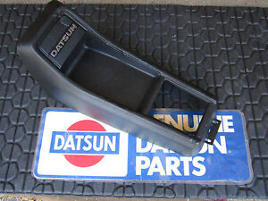 Datsun 9 72 8 78 620 Automatic Transmission Oem Center Console