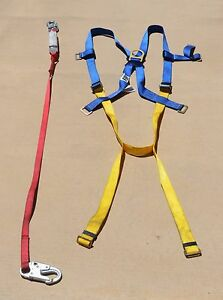 Gently Used Protecta 2199802 Harness And Lanyard Kit Univ 310 Lb