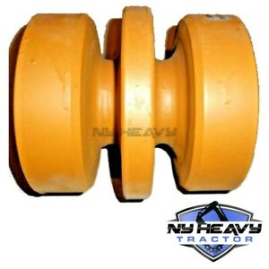One Bottom Middle Roller Fits Cat 299c Caterpillar Rubber Track 3041890