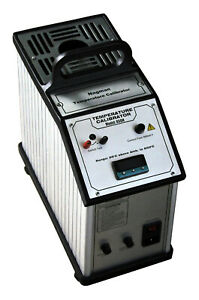 Portable Dry Block Medium Temperature Calibrator Up To 650 Deg C Dual Voltage