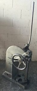 Famco Ratcheting Arbor Press 3 1 2 Ton W Handle Table Top Usa