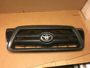 2005 2006 2007 2008 2009 2010 Toyota Tacoma Front Grille 53100 04350