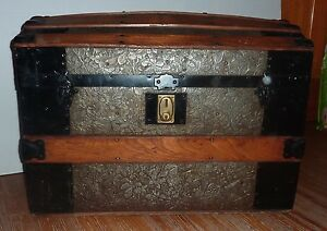 Antique Dome Top Steamer Trunk 28 Wide