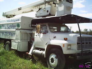 Ford F700 Bucket Forestery Truck With Chipper Box 55f