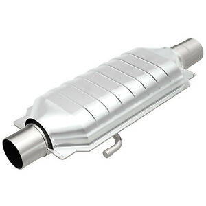 Magnaflow 94419 Weld on High flow Catalytic Converter Oval 3 In out W Air Tube