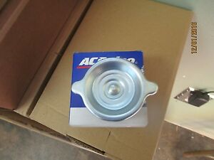 Sbc Valve Cover Twist In Oil Cap Bbc Valve Cover Twist In Oil Cap New Delco