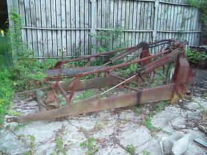1950 s John Deere Loader For 2 Cylinder Tractors Price Reduced