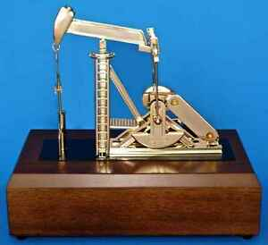 Oil Well Oilfield Gold Pump Jack Model Drill Bit Keychain Sticker Gift Roughneck