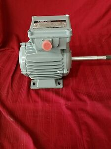 Reuland Ac Motor B472 30 0046c 3ph 400hz 3hp 3700rpm 208v 14a E