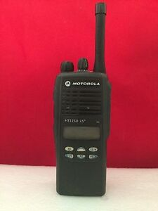 Motorola Ht 1250ls 403 470 Mhz Uhf With Charger