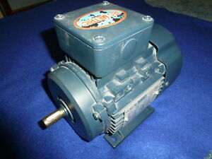 Nos Leeson 192030 00 Metric Electric Motor 1 2 Hp 3425 Rpm 3 Phase D71 Frame