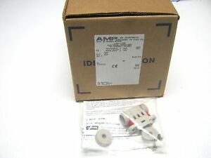 Amp 222503 1 Lot Of 20 Thinnet Tap System Lan line Connector