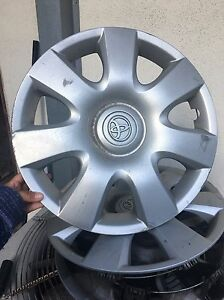 4 Toyota Camry Hubcaps Wheelcovers 15 Year 2002 04