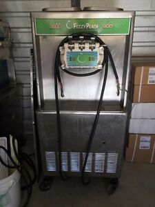 Taylor 754 Fully Working Soft Serve Frozen Yogurt Ice Cream Machine 3ph Water