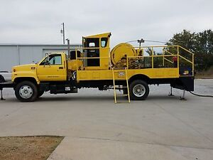 Coiled Tubing Rig Yellow C 6500 Diesel With Control Cab