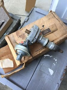 Nos 1971 Ford Galaxie Torino 6 Cylinder Distributor