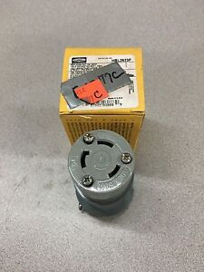 New In Box Hubbell 30 Amp 2 Pole 250v Twist lock Connector Plug Hbl2623f