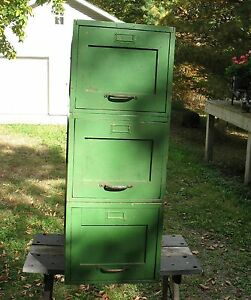 1917 3 Pc Yawman Erbe Rochester Ny Oak File Drawers Outside Is Painted Green